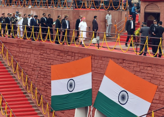 Prime Minister Narendra Modi walking towards the dais to address the nation at the Red Fort, on the occasion of India's 70th Independence Day.